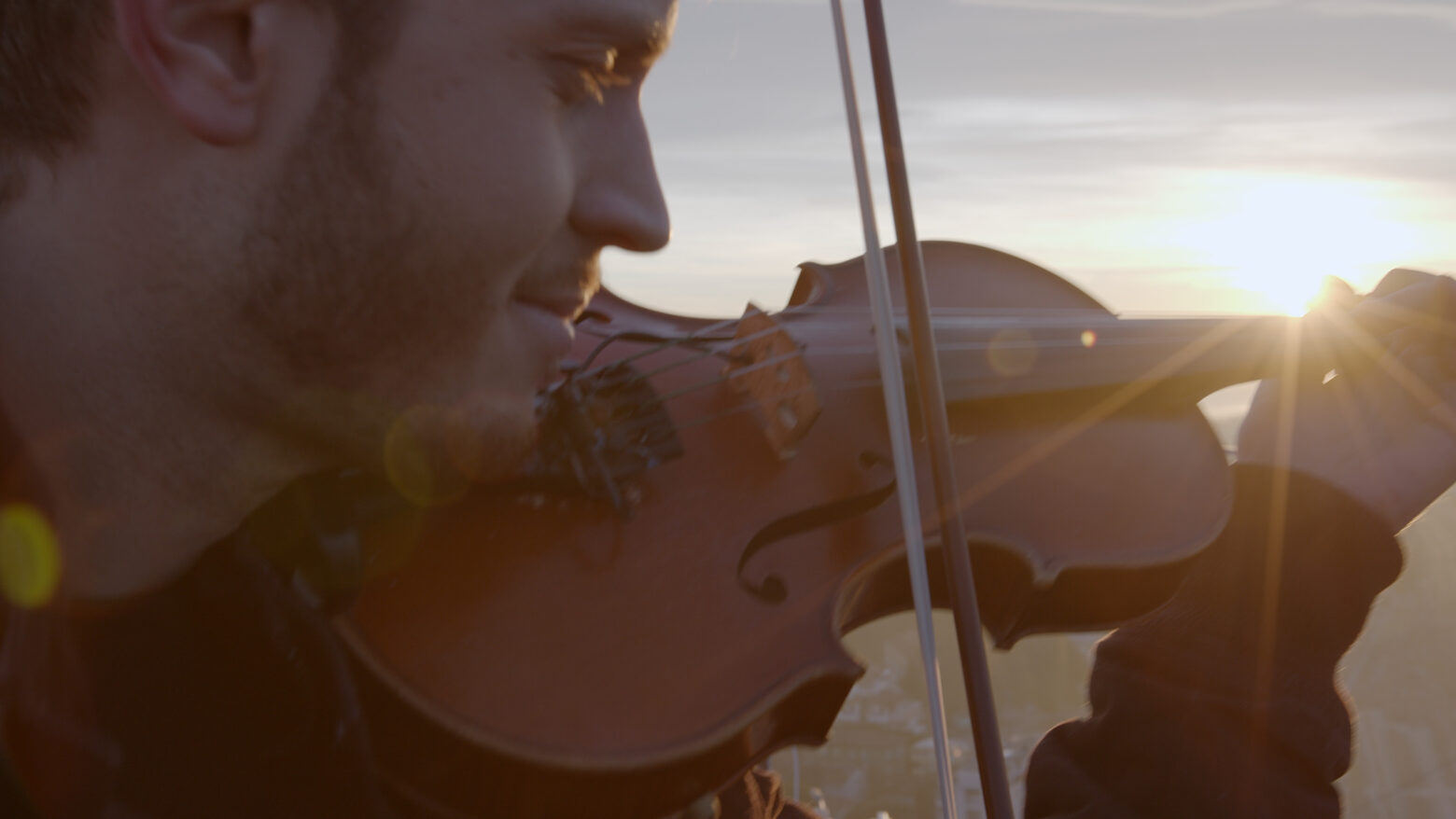 Federico Mecozzi inarrestabile polistrumentista