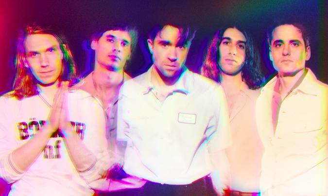 THE VACCINES annunciano il loro ritorno con 'HEADPHONES BABY', il nuovo singolo pubblicato oggi (AWAL)